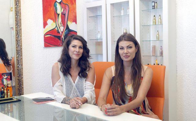 Sara in Tamara Dordič. V Ljubljani 3,7,2019[Sara.Tamara.Đordić.parfumiLjubljana] Foto: Mavric Pivk