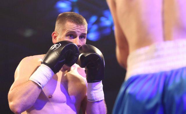 Ljubljančan Andrej Baković verjame, da bo ring spet zapustil kot zmagovalec. FOTO: Tomi Lombar