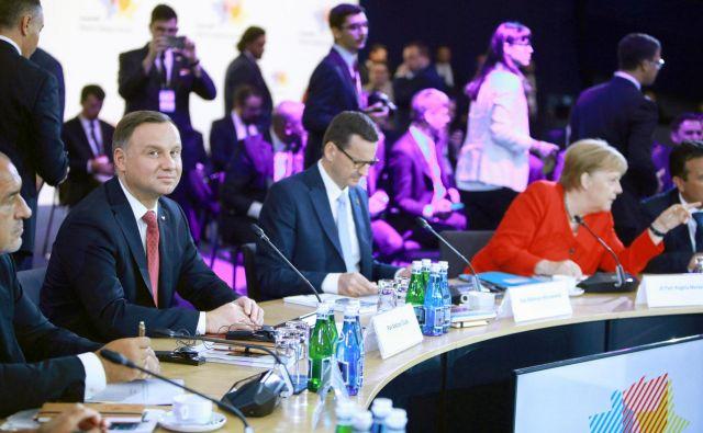Poljski predsednik Andrzej Duda (levo) je dejal, da bi morala EU državam Zahodnega Balkana ponuditi jasno pot proti članstvu v povezavi. FOTO: Reuters