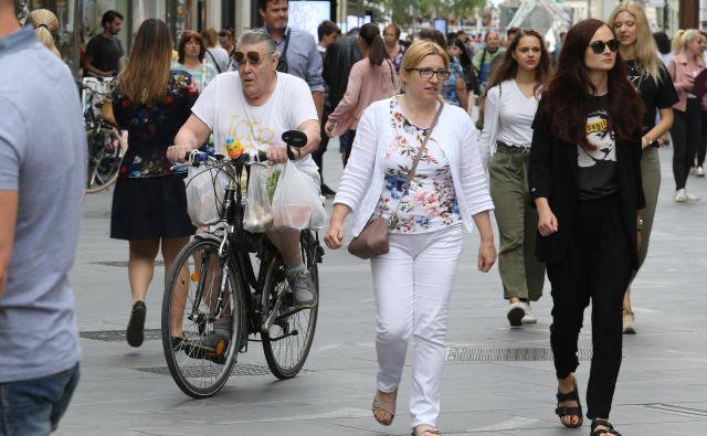 V Ljubljanski kolesarski mreži jih moti, da veliko tistih, ki odločajo o kolesarski infrastrukturi, sploh ne kolesari. Foto Tomi Lombar