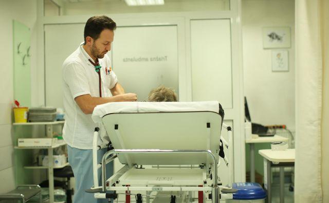 Če hočemo imeti v Sloveniji dobro paliativno oskrbo, kar pomeni, da jo prejmejo vsi kronično neozdravljivi bolniki, kadarkoli in kjerkoli jo potrebujejo, bo treba še veliko narediti.<br /> Foto Jure Eržen