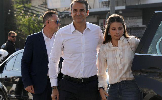 Novo demokracijo vodiKiriakos Micotakis, dedič grške konservativne politične dinastije, ki je tesno povezan z vodilnimi oligarhi. FOTO: Costas Baltas/Reuters