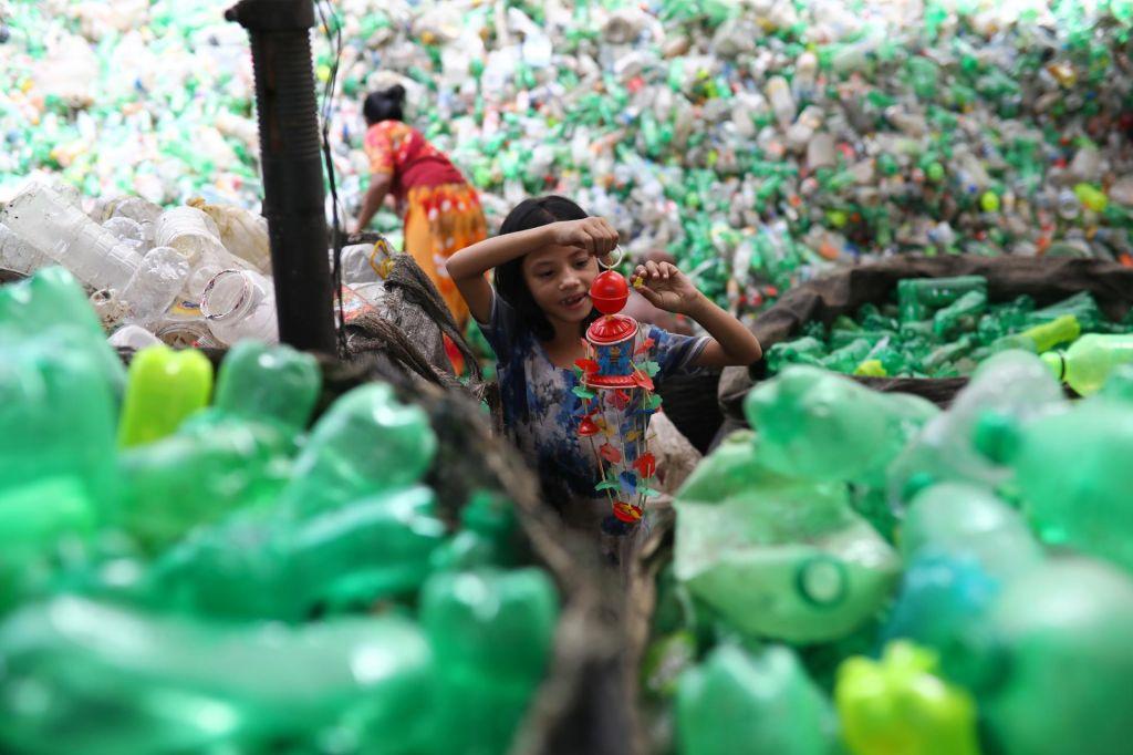 Azijski jugovzhod se duši v odpadni plastiki iz razvitih držav