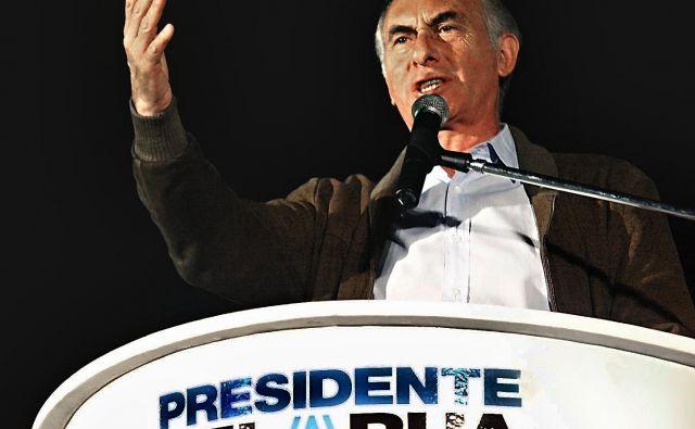 V času njegovega predsedovanja je država padla v najhujšo gospodarsko krizo, ki je povzročila hudo recesijo. FOTO: Daniel Garcia/AFP