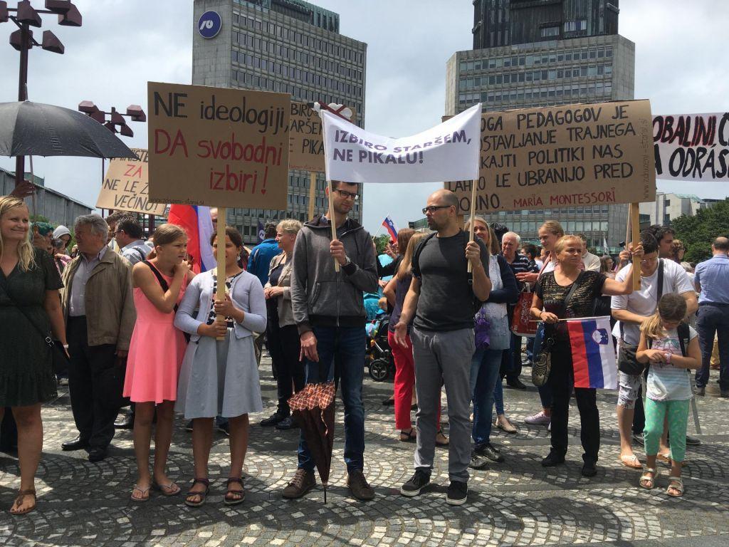 Protest pred odločanjem o financiranju zasebnih šol