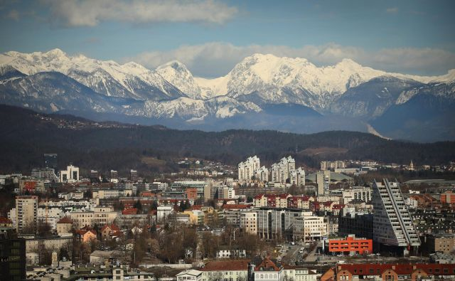 Cene stanovanjskih nepremičnin so v Sloveniji v prvem četrtletju leta za 8,4 odstotka višje kot v istem obdobju lani. FOTO: Jure Eržen/Delo