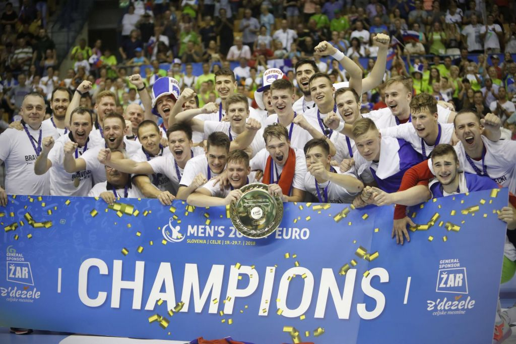 FOTO:Zlati fantje bodo v Španiji krepili značaj