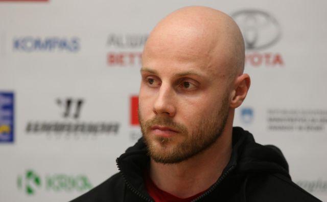 Jan Muršak je edini slovenski hokejist v elitni švicarski ligi, za njim pa so tudi nepozabne izkušnje iz Detroita, CSKA Moskva in Göteborga. FOTO Igor Zaplatil