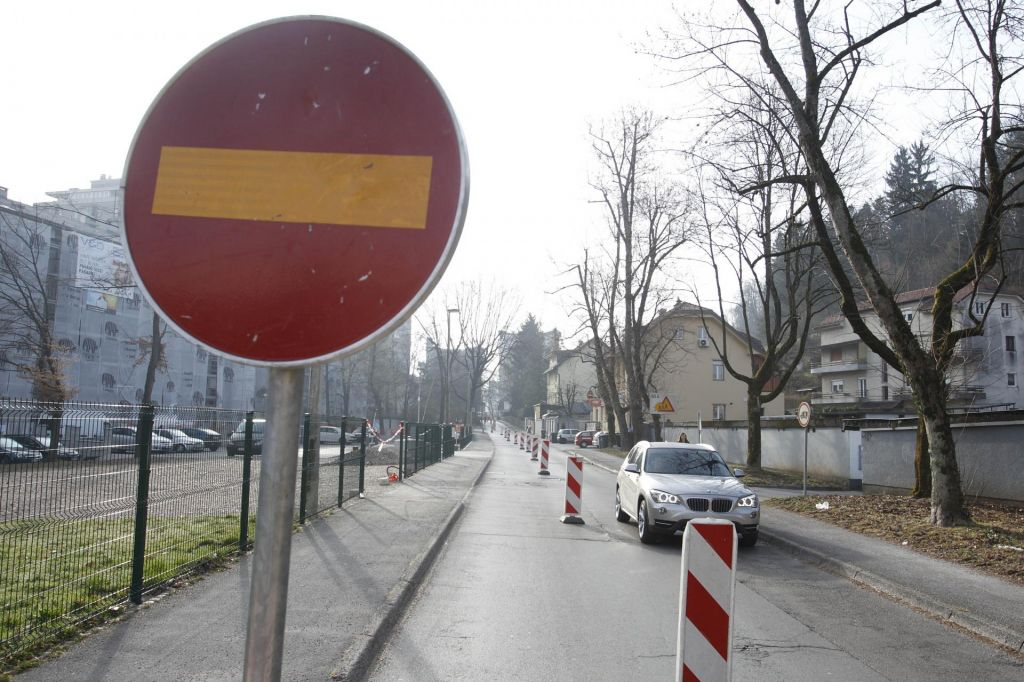 Vodnikova cesta bo zaprta več kot dva meseca