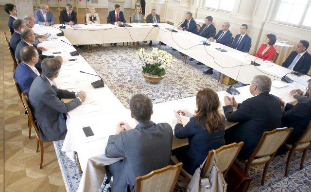 Dogovori s srečanja o spremembah volilne zakonodaje po oceni Pahorja precejšen korak naprej. FOTO: Roman Šipić/Delo