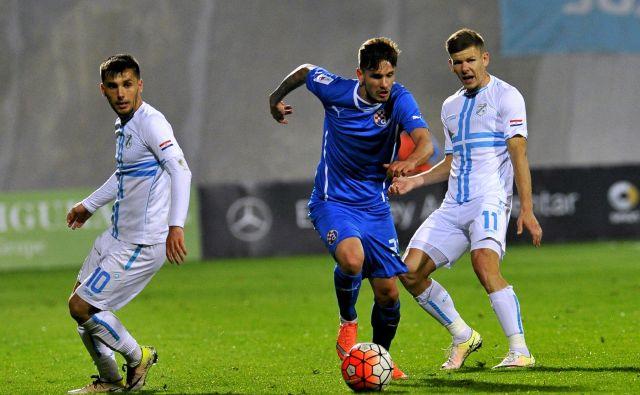 Petar Stojanović je bil s s soigralci iz Dinama premočan za nogometaše Rijeke. FOTO Cropix