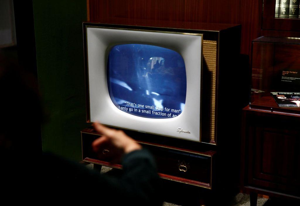 FOTO:Gorelo je 150.000 televizorjev