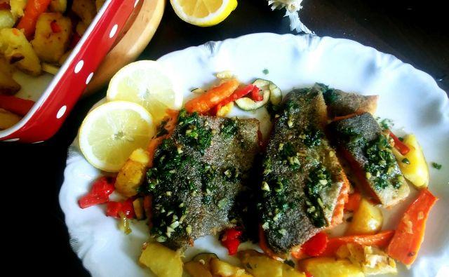 Postrv po tržaško je ena izmed enostavnejših ribjih klasik. Foto: Tanja Drinovec