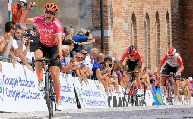 Marianne Vos je kljub 32 letom še vedno prva zvezdnica pelotona, na Giru je osvojila štiri etape. Foto Flaviano Osolla