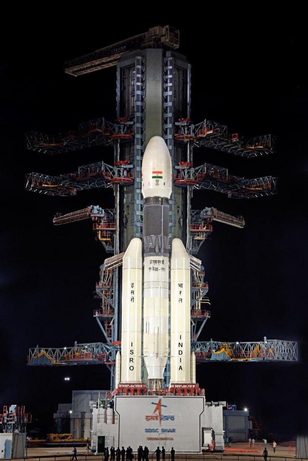 Indija zaradi tehničnih težav preklicala izstrelitev odprave na Luno