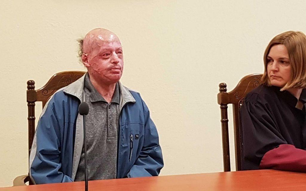 Potrjena kazen desetih let, ker je hotel zažgati ženo