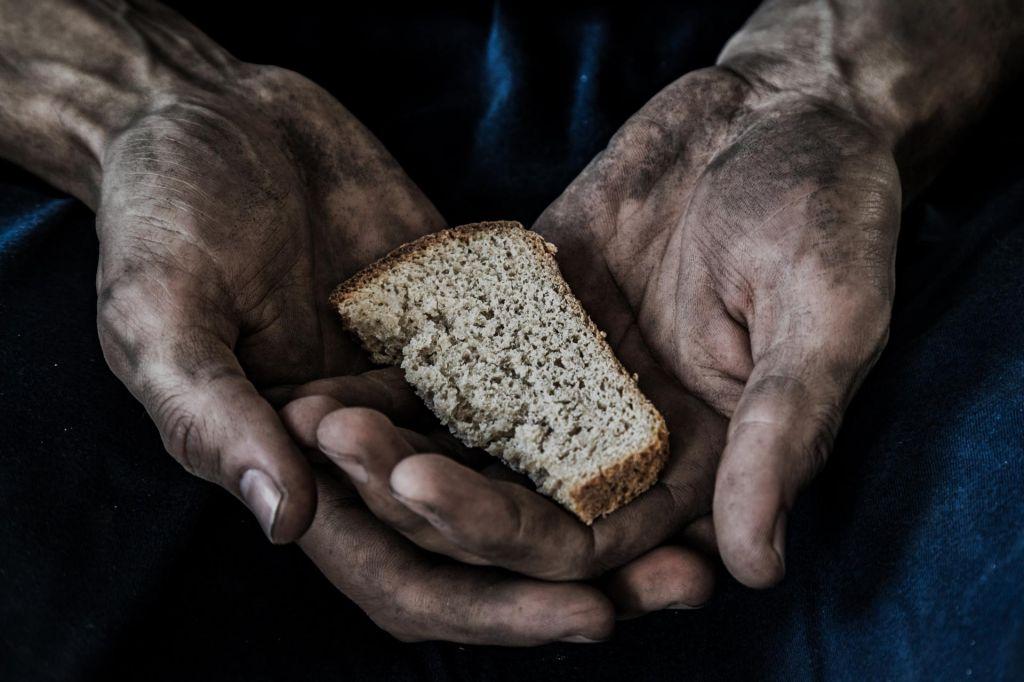 Na svetu še vedno lačnih več kot 820 milijonov ljudi
