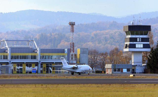 Če bo vse šlo po načrtih, bo letališče Edvarda Rusijana samevalo kratek čas. FOTO: Tadej Regent