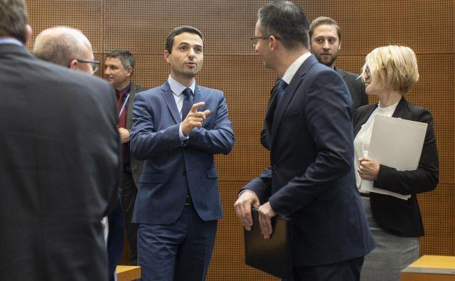 Matej Tonin bi nestabilnost koalicije presekal s projektnim sodelovanjem z njo. FOTO: Voranc Vogel/Delo