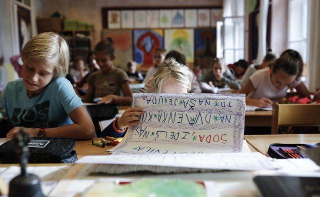 Da imajo starši pravico do izbire, kje in kako bodo šolali svoje otroke, ter da je diskriminatorno, da državna blagajna ne prispeva za vse otroke enako, saj smo konec koncev vsi davkoplačevalci, so prepričani starši, katerih otroci obiskujejo zasebne šole. FOTO: Uroš Hočevar