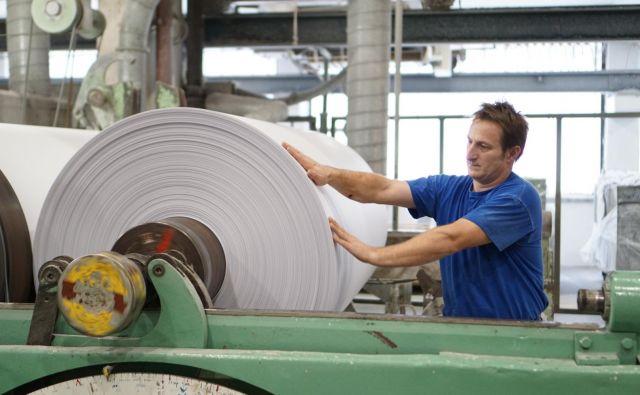 V 116 podjetjih iz panoge je bilo konec preteklega leta 4466 zaposlenih ali 114 več kot leto prej. Foto Janoš Zore