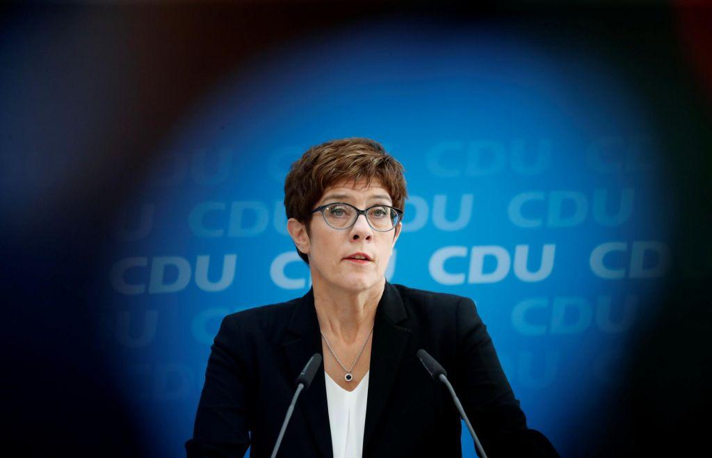 Nova nemška obrambna ministrica bo Annegret Kramp-Karrenbauer