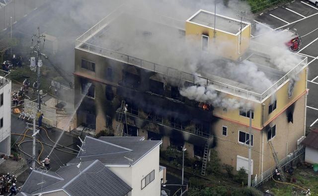 Prizorišče požara. FOTO: Reuters