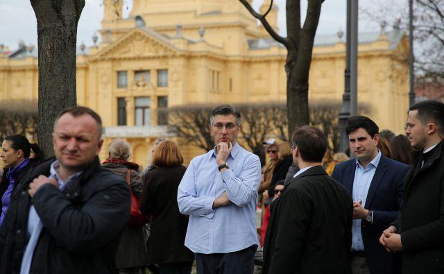 Premier Andrej Plenković si prizadeva za to, da bi bili v ospredju pozitivni rezultati vlade in ne afere. FOTO: Marko Djurica/Reuters