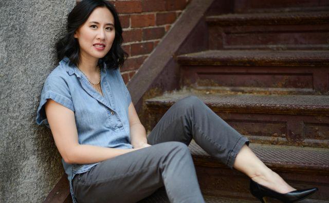 Celeste Ng se v svojih zgodbah osredotoča na medrasne odnose. Foto: Kevin Day