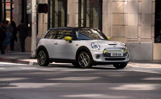 Mini bo od zdaj lahko vozil tudi na električni pogon. FOTO: Arhiv Mini