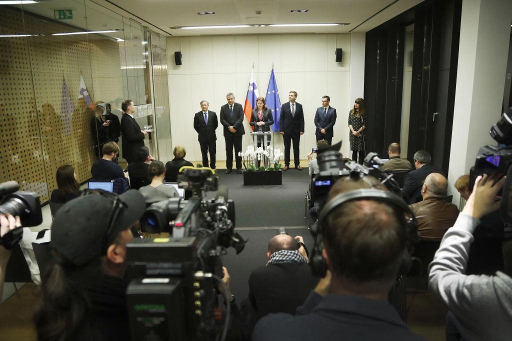 FOTO:Politični analitiki o posledicah imenovanja Lenarčiča za koalicijo