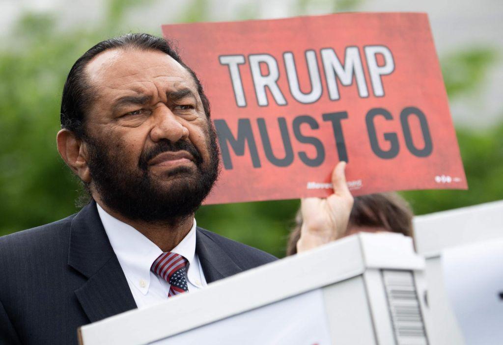 Poskus razrešitve Donalda Trumpa v predstavniškem domu ZDA ni uspel