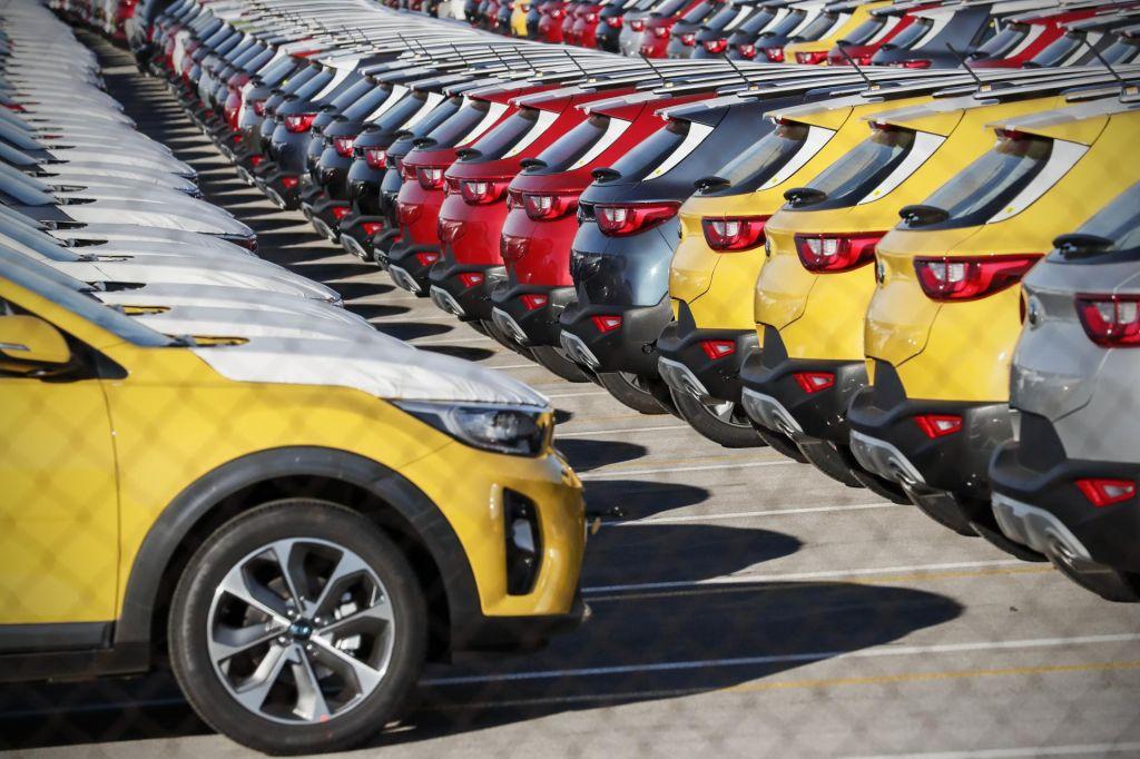 FOTO:Vozila prihodnosti prihajajo v nizki prestavi – počasi, a odločno