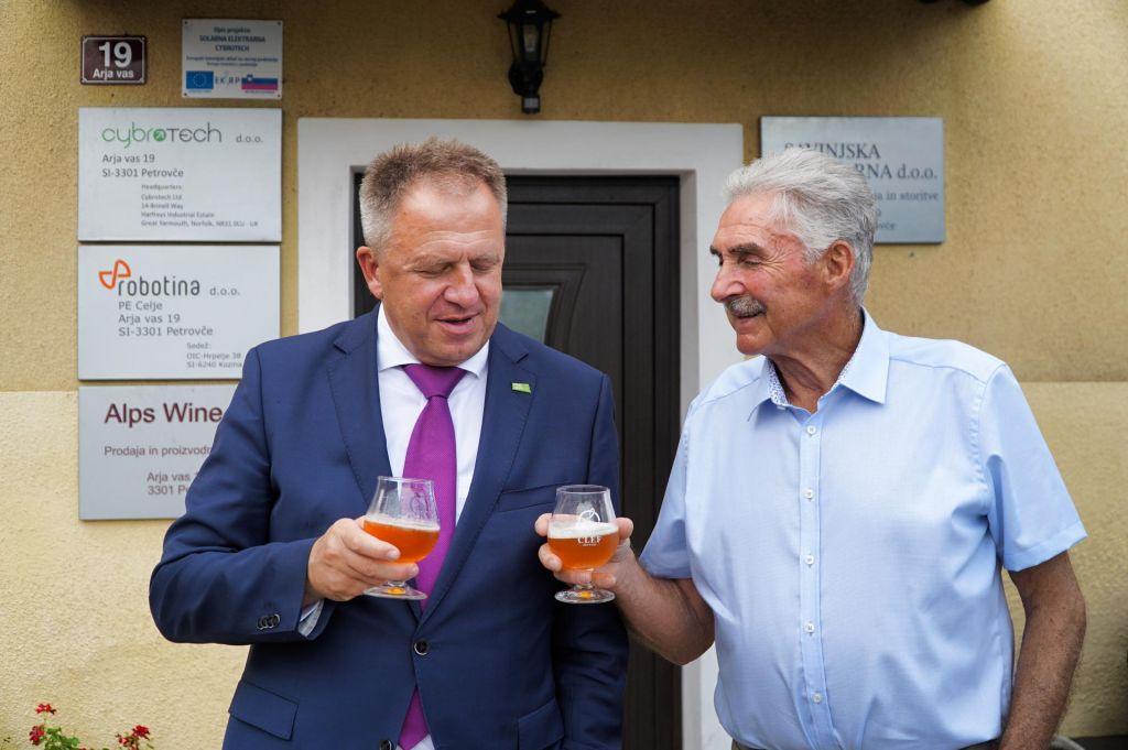 FOTO:S slovenskim hmeljem bi lahko zvarili več piva