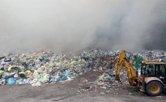 Požar na deponiji Dragonja. FOTO: Gasilska brigada Koper