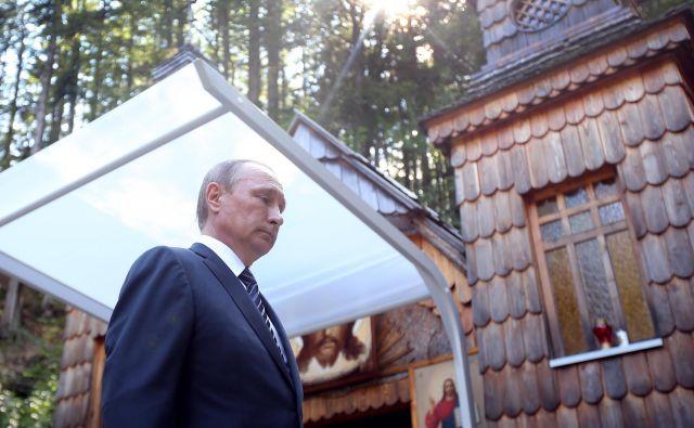 Leta 2016 se je slovesnosti udeležil tudi Vladimir Putin. FOTO: Tomi Lombar/Delo