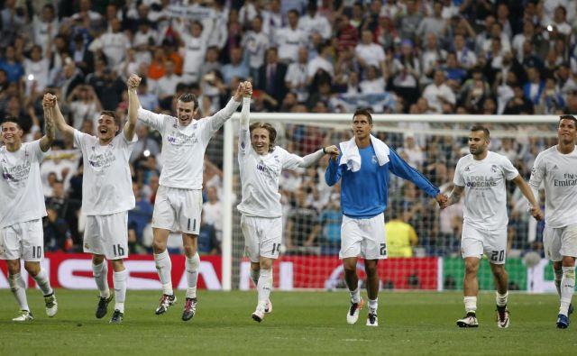 Nogometaši slovitega madridskega kluba so se tako v zadnjih letih večkrat veselili uspehov, obenem pa so skupaj z vodilnimi ponosni tudi na ugled najbolj vredne nogometne znamke na svetu. FOTO Reuters