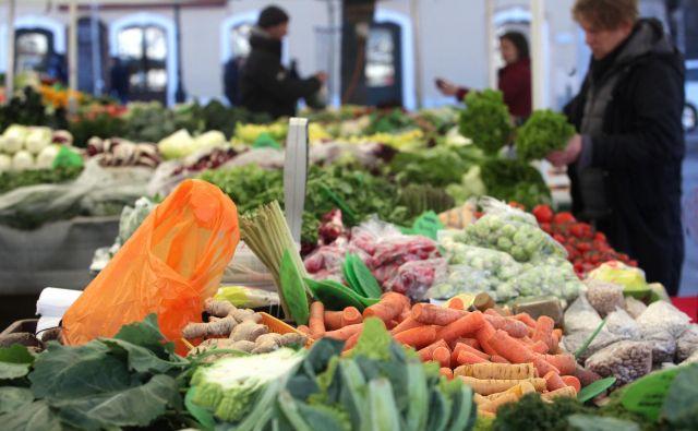 Vitamine in minerale vsebujejo tako rekoč vsa osnovna, nepredelana živila – zelenjava, sadje, olja, žita, meso in živalski produkti. FOTO Mavric Pivk/Delo