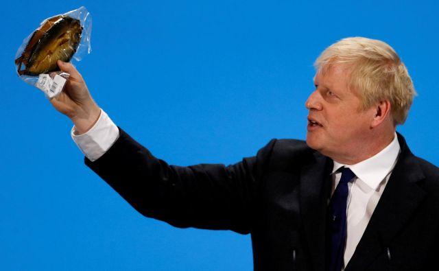 Boris Johnson s prekajenimn slanikom. FOTO: Reuters