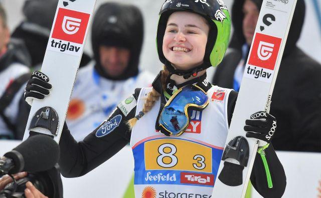 Nika Križnar se je v Hinterzartnu veselila odličnega tretjega mesta. FOTO: AFP