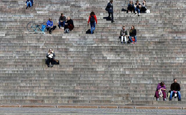 Državo, ki se po večini indeksov uvršča med najboljša mesta za življenje na svetu, zapuščajo visoko izobraženi kadri. Foto: Reuters