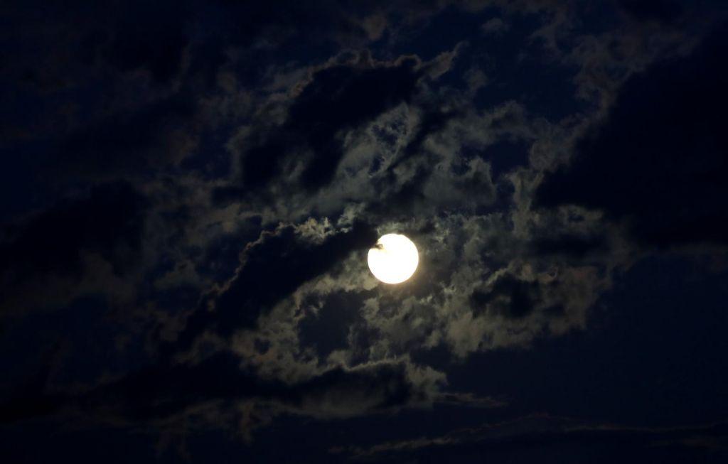 Kje ste bili, ko so prvič stopili na luno?
