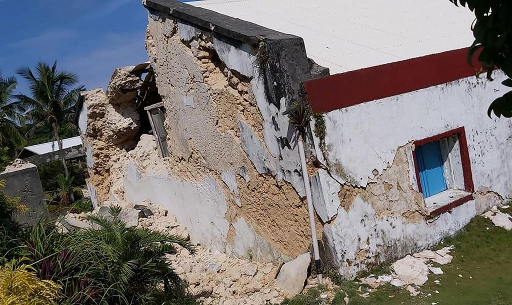 V seriji potresov na Filipinih umrlo najmanj osem ljudi
