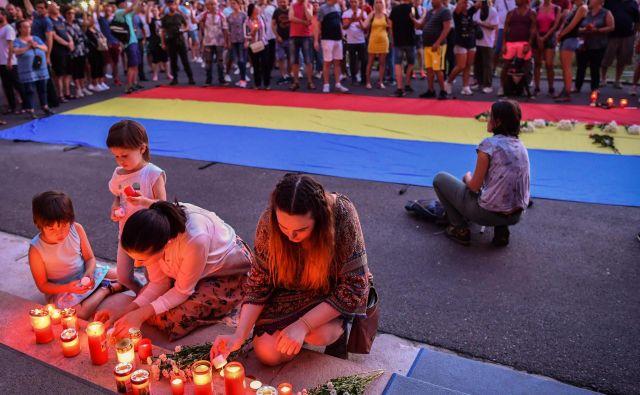 Dekletova družina policiji očita, da njenih pozivov ni vzela resno.FOTO: Daniel Mihailescu/AFP