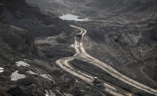 Premog je Bosni in Hercegovini pomembna surovina, saj z elektriko iz zastarelih termoelektrarn ustvarijo velik delež svojih izvoznih prihodkov. Foto Voranc Vogel/delo