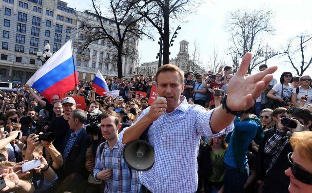 Osebna zdravnica se boji, da so Alekseja Navalnega zastrupili. FOTO Afp