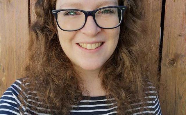 Lisa Sweeding iz Ulma upa, da se bo na facebooku našel nekdo, ki jo bo lahko ozdravil. FOTO: Facebook