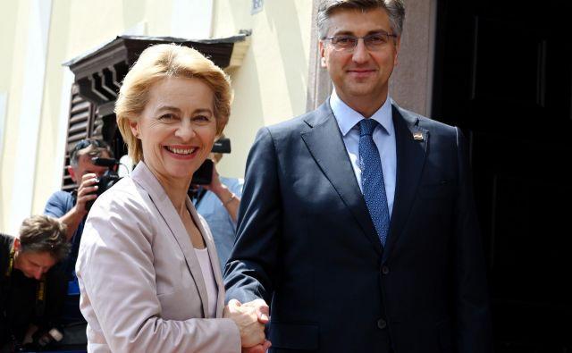 Ursula von der Leyen je v izjavi hrvaškim novinarjem po izvolitiv napovedala, da se bo pri prihodnjem kadrovanju resno ukvarjala z vprašanjem geografskega ravnotežja med vzhodom in zahodom Evrope. FOTO: AFP