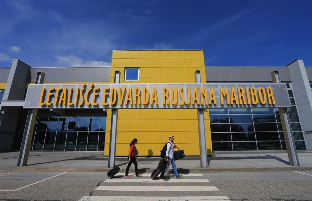 Mariborsko letališče ostaja šolski poligon
