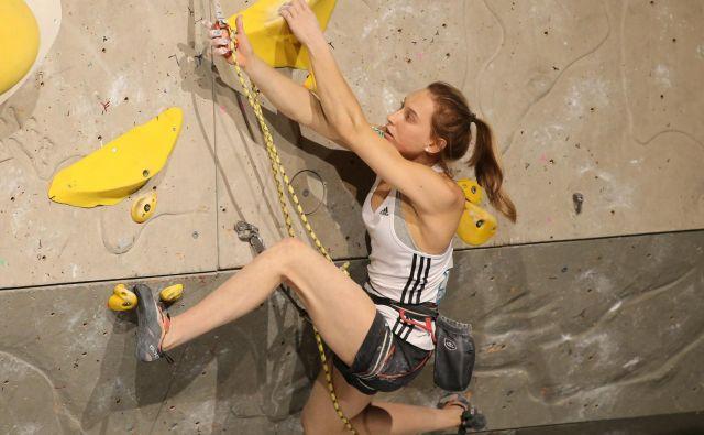 Janja Garnbret se je znašla med desetimi finalistkami ustanove Women's Sports Foundation. FOTO: Tomi Lombar/Delo